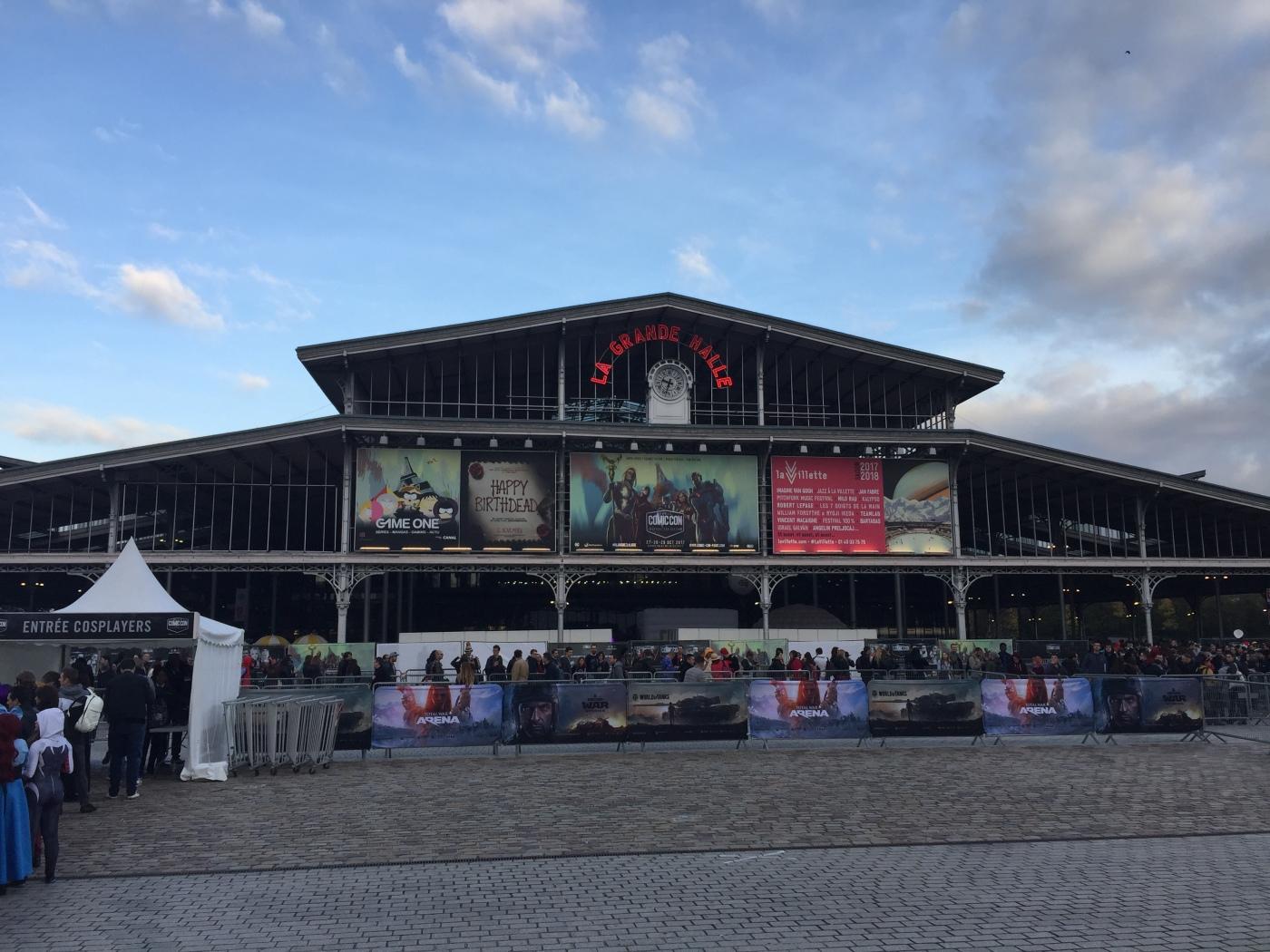 Entrée de la Comic Con 2017 à la Grande Halle de la Villette