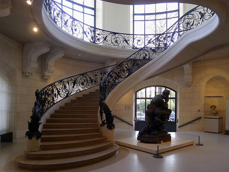 800px-P1130897_Paris_VIII_Petit-Palais_escalier_rwk